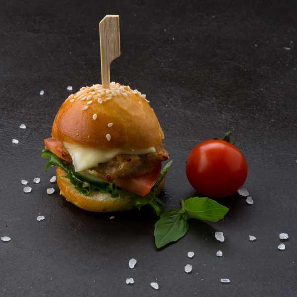 Мини-бургер с индюшачьей котлетой