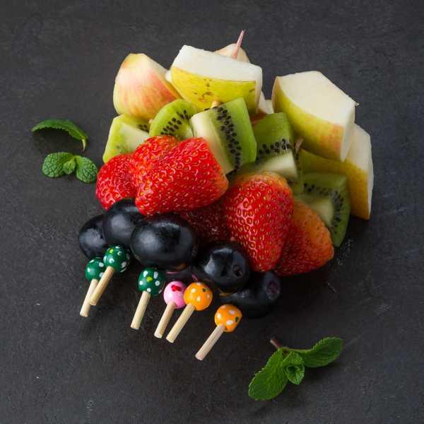 Канапе с фруктами